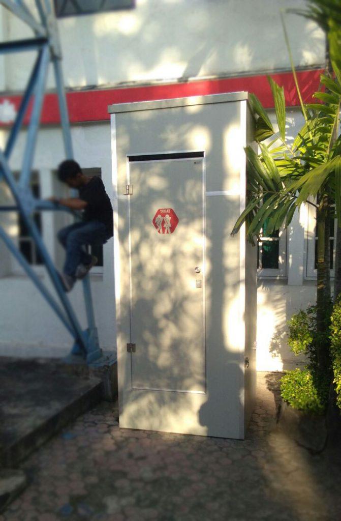 Portable Toilet Telkom Surabaya