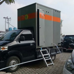 Mobil Toilet di Pulau Garam Madura