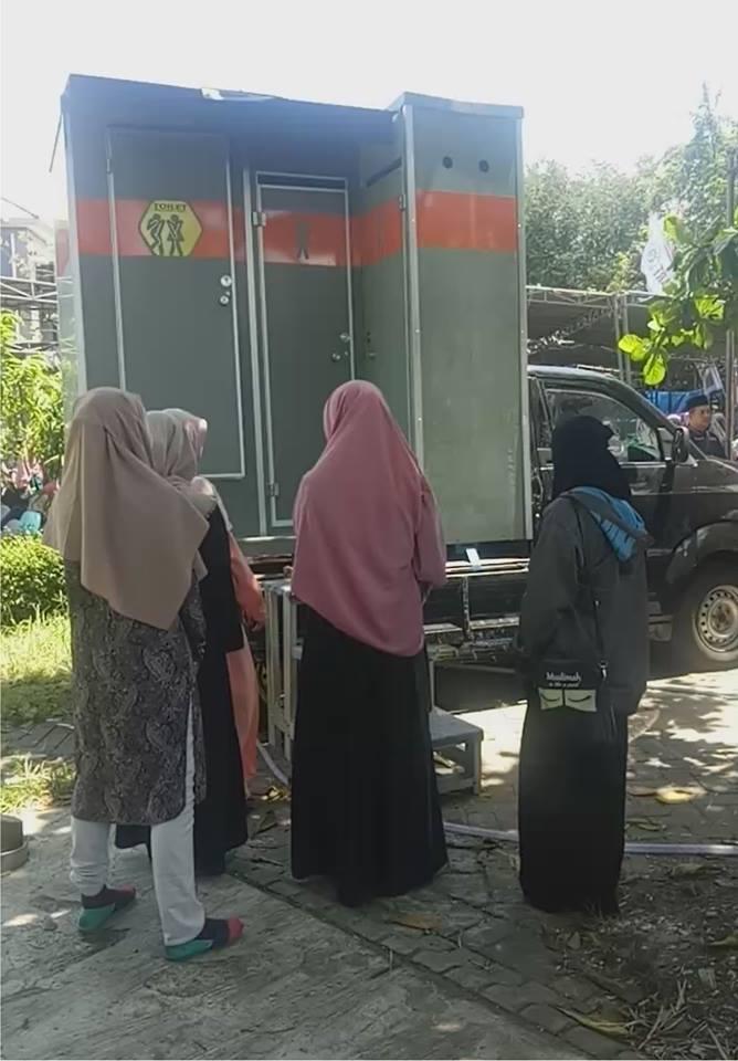 Proyek Mobil Toilet di Masjid Ulul Azmi - Unair Surabaya